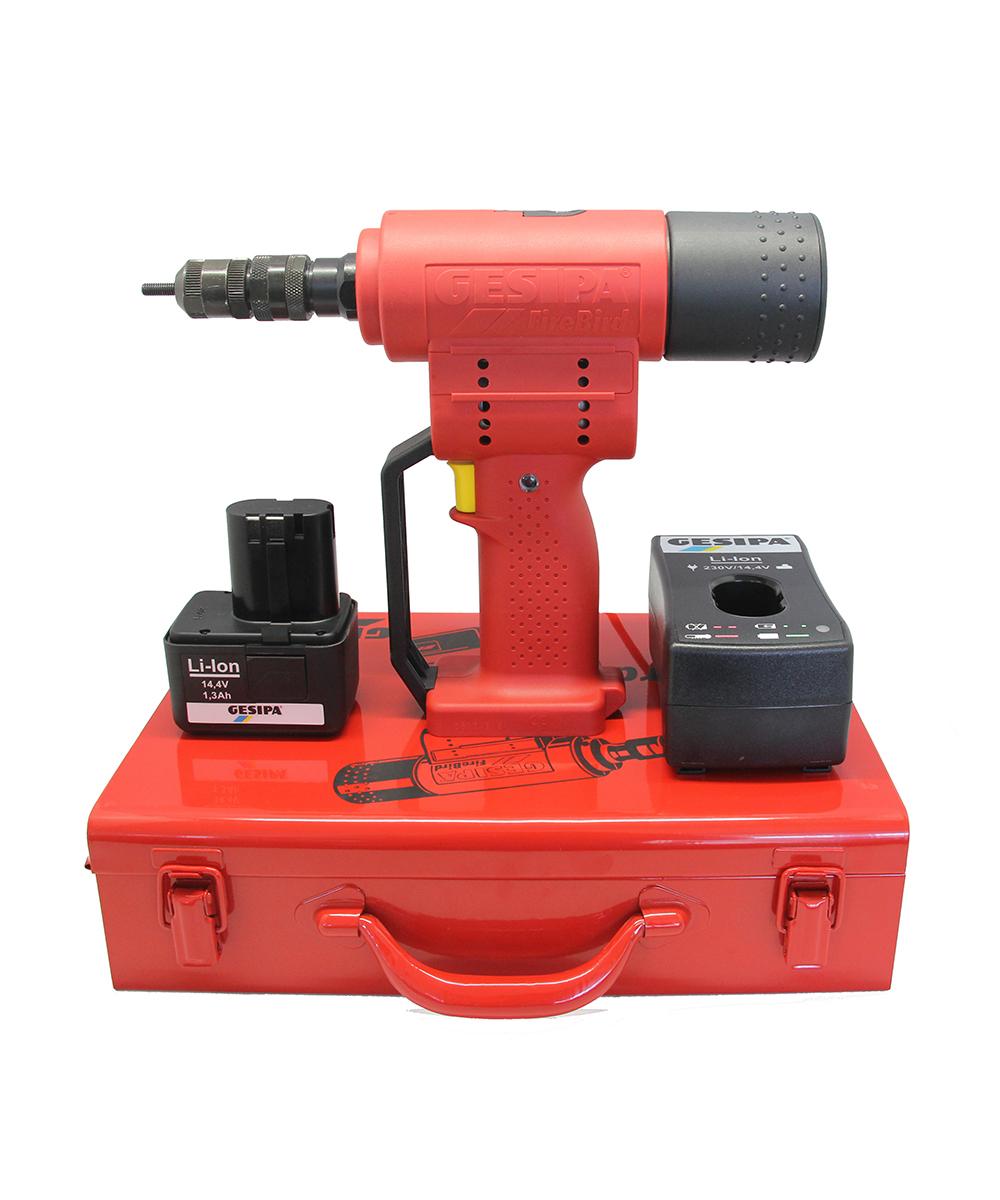 Аккумуляторный установочный инструмент для заклепок с внутренней резьбой Gesipa FireBird 7260032